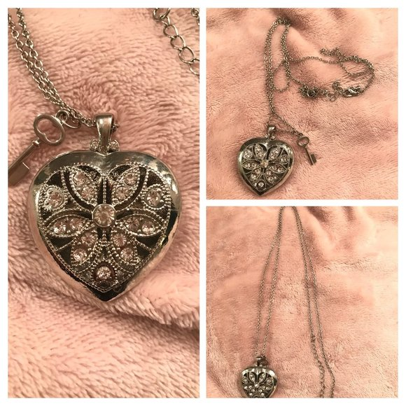 TORRID - Puff Heart Silvertone Necklace with Key